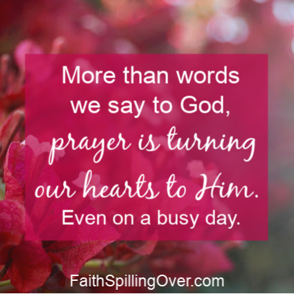 Need a way to pray on a busy day when your thoughts are scattered? Try this simple default prayer to remember God's presence and receive His peace. #prayer #peace #stressrelief